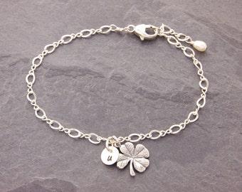 Shamrock Bracelet, clover bracelet, four leaf clover, initial bracelet, good luck charm, initial disk, personalized bracelet, N6
