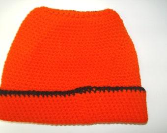 Red & Black Ladies Winter Hat