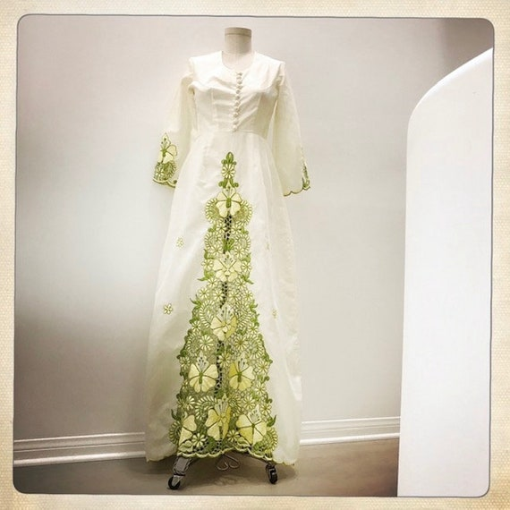 GORGEOUS Vintage 70s Embroidered FLORAL Cut-Out L… - image 2