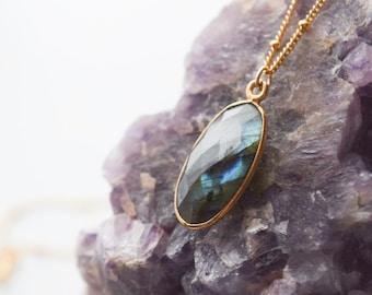 oval labradorite necklace | bohemian jewelry | gemstone necklace | stone necklace | gemstone jewelry | organic necklace | bohemian | boho