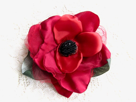 Classic Red Vintage Inspired Pinup, Bridal Hair Fascinator Brooch Pin