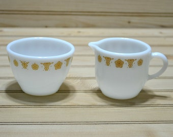 Vintage Corning Pyrex Butterfly Gold Creamer and Sugar Bowl Made in USA 1970s Tableware Serviceware Kitchenware Collectible TV Movie Prop
