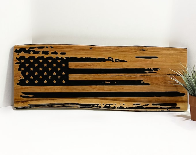 Wooden American Flag Sign Vintage Rustic Country Farmhouse Home Decor Wall Hanging Patriotic Art Live Edge Cedar