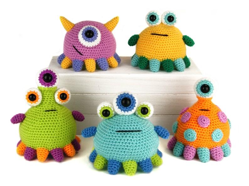 Tippy Toe Monsters  Amigurumi Crochet Pattern image 1