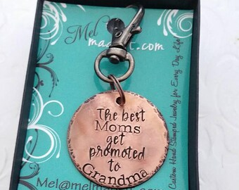 The best moms get promoted to grandma, Personalized keychain,  Gift for Grandma, Nana, Mimi, custom present keyring, flame painted copper