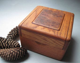 Vintage Handcrafted Oak With Inlay Storage Jewelry Recipe Box