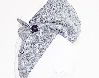 Hooded Scarf - Wool material is mottled black-gray