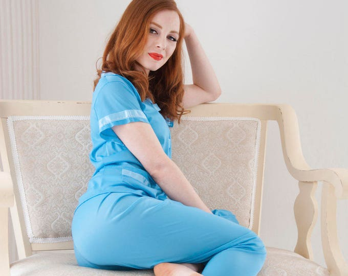 Vintage blue 1950s pajamas set, silky top bottom, short sleeve, pin-up S M