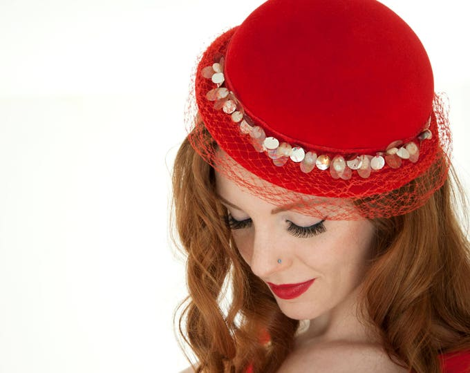 Vintage red derby hat, mother-of-pearl, netting veil wool formal 1940s 1950s pin-up