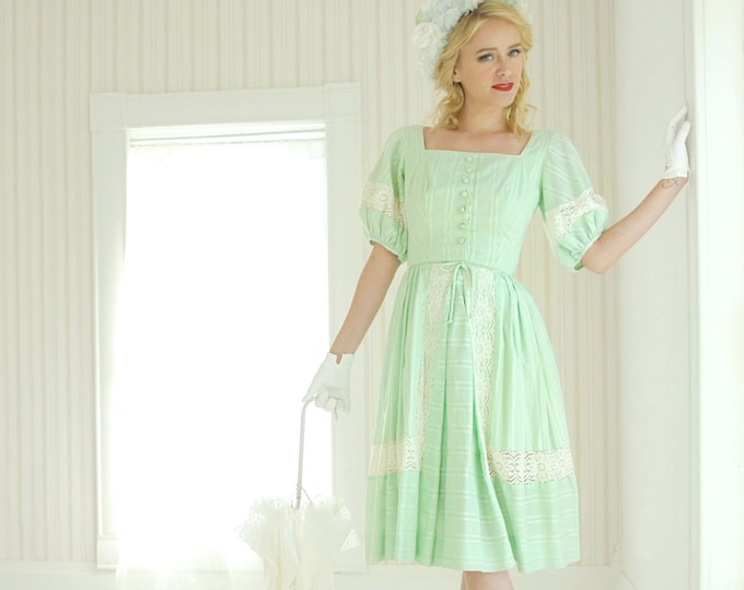 Vintage pastel green dress, white lace 1950s formal Southern Belle, Little Bo Peep Easter puffed sleeves XS