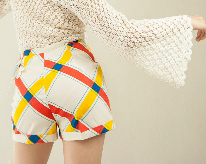 Vintage plaid high waist shorts, hot pants, white red yellow blue plaid primary colorful XS S deadstock NOS 1970s retro