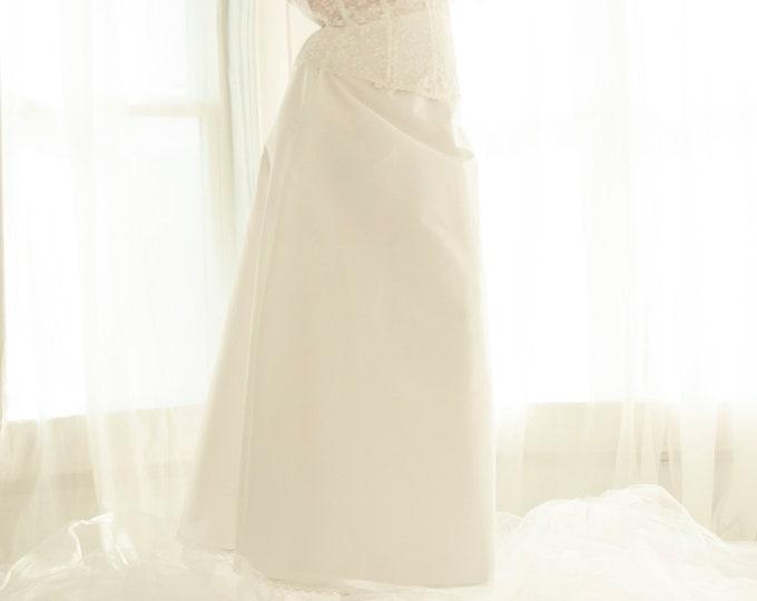 Vintage white A-line crinoline, long straight tulle maxi skirt slip petticoat, prom bridal wedding dress gown, lingerie shapewear XL 1970s