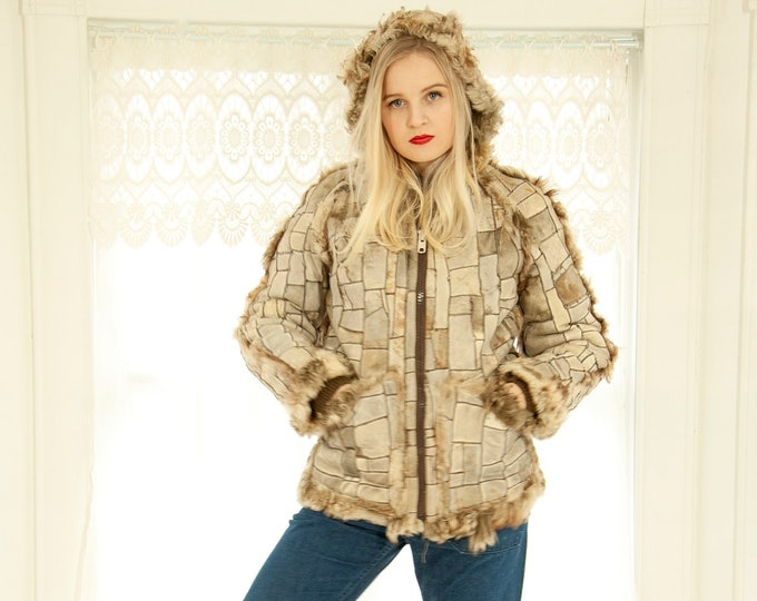 Vintage reversible fur coat with hood, patchwork boho Mongolian lamb shearling wool jacket, casual unique white brown 1970s S M