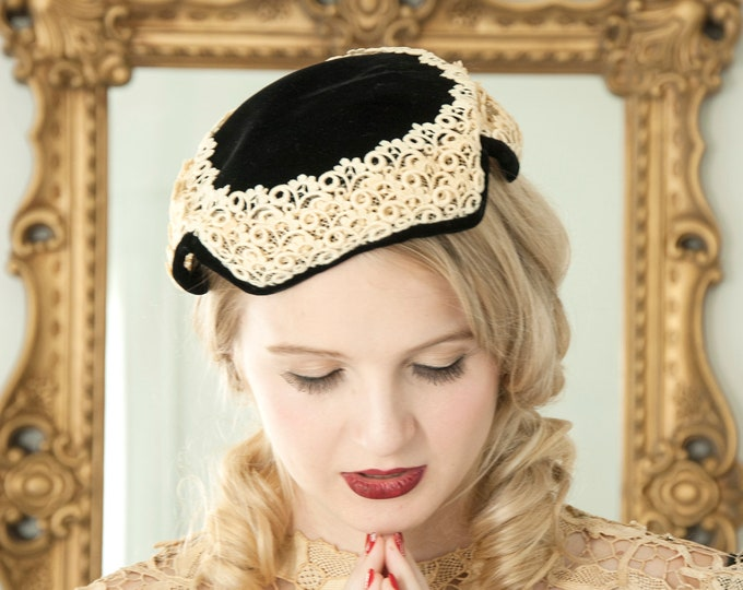 Vintage black velvet hat, ivory white lace formal capulet pillbox calot 1950s pin-up mid-century