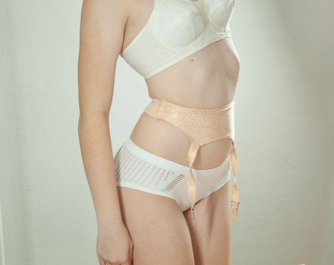 Vintage 1940s peach garter belt, textured pink nude blush sexy rayon waistline shapewear suspenders for pantyhose, lingerie rare XS