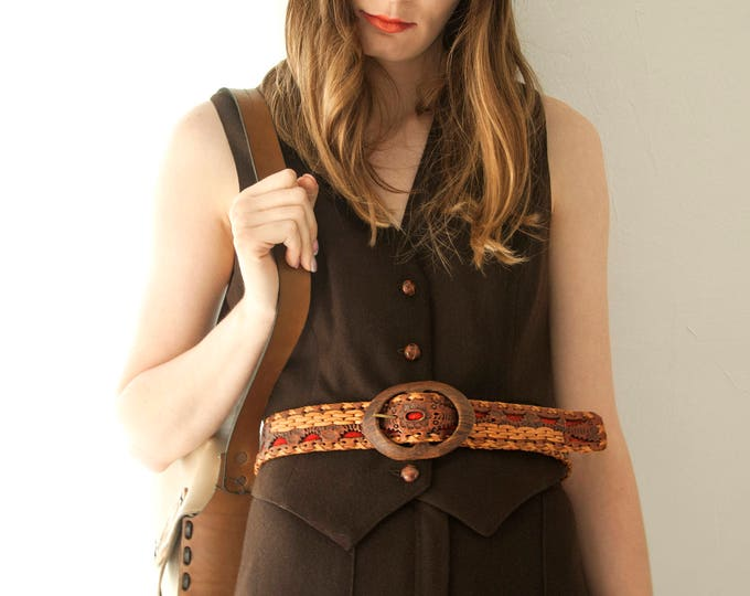 Vintage woven leather belt, brown red suede weave, hand-tooled, wood buckle, floral flowers, boho 1960 1970s