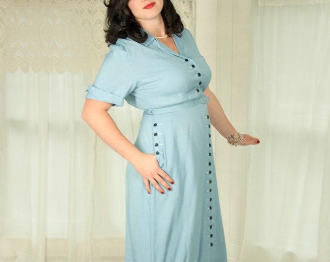 Vintage 1940s blue linen dress, short sleeves, collar shift, black polka dots buttons, pockets midi shift pin-up summer, XL
