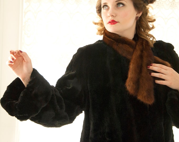 Vintage black fur coat, brown fur collar, long bell sleeves, large cuffs, swing 1950s pin-up winter formal M L XL