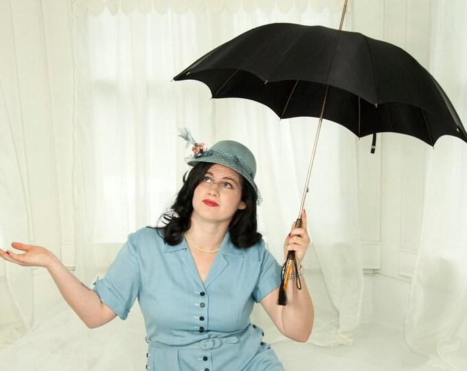 Vintage 1950s black umbrella, simple solid wood hook handle, case, unused