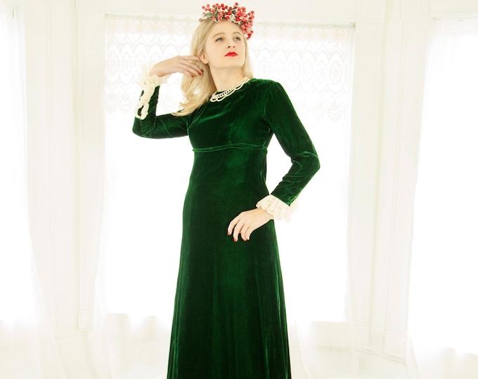 Vintage green velvet maxi dress, long white lace sleeves, empire waist formal Victorian Renaissance princess Christmas boho 1960s 1970s XS S
