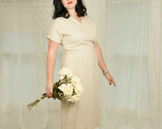 Vintage 1950s ecru linen dress, ivory white natural beige short sleeve pockets midi pin-up simple casual wedding, XL