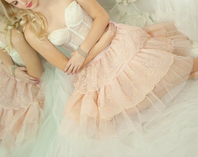 Vintage 1950s pink floral crinoline, full midi knee length tulle skirt slip petticoat, bridal wedding lingerie S M