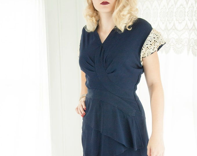 Vintage 1940s navy blue dress, white lace cap sleeve nautical pin-up shift, XS S