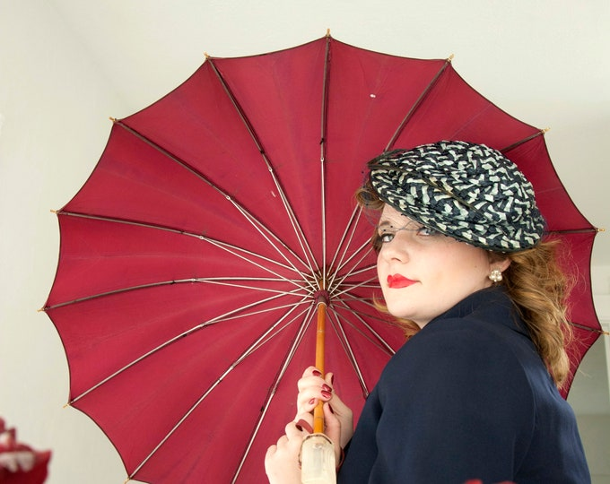 Vintage 1950s maroon umbrella, diamond clear Lucite handle, burgundy pink red, wood 1940s pin-up