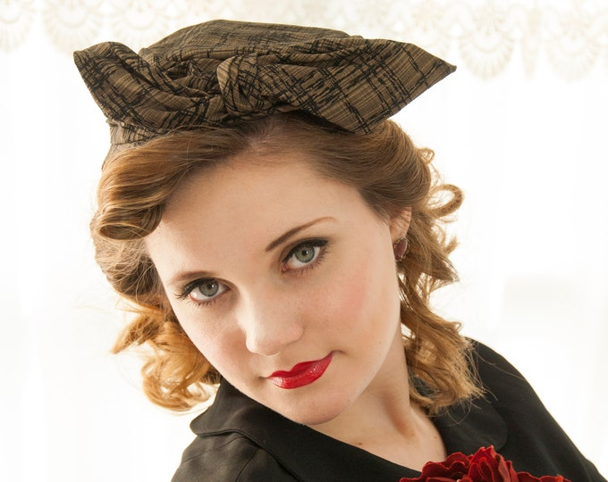 Vintage 1950s bow hat, black tan plaid fascinator pillbox, Mr. John, 1940s pin-up