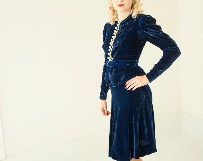 Vintage 1940s blue silk velvet suit, two-piece dress, navy skirt top, long puffed sleeves, peplum, white lace, XS 1930s Ellen Kaye