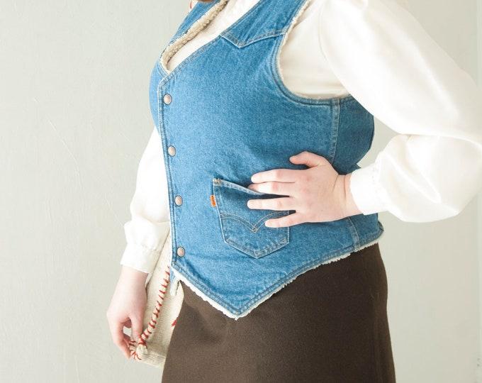 Vintage 1970s Levi's vest, denim cotton  blue jean, faux shearling fur, white shirt top, pockets, unisex mens L XL 1970s retro