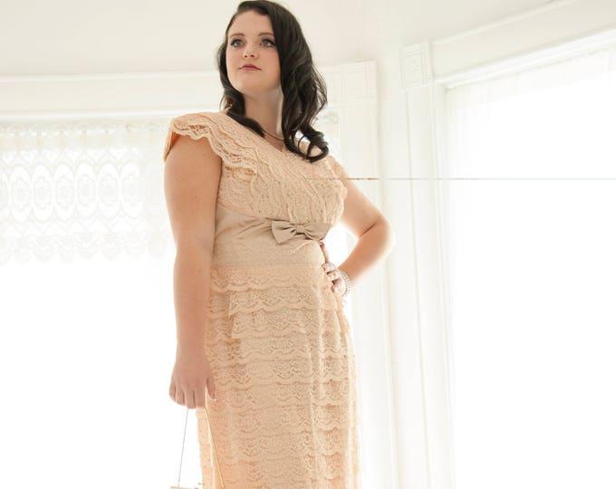 Vintage pink lace 1950s dress, formal cap sleeve sheath, pastel midi, light mauve champagne satin pastel rhinestones, L XL