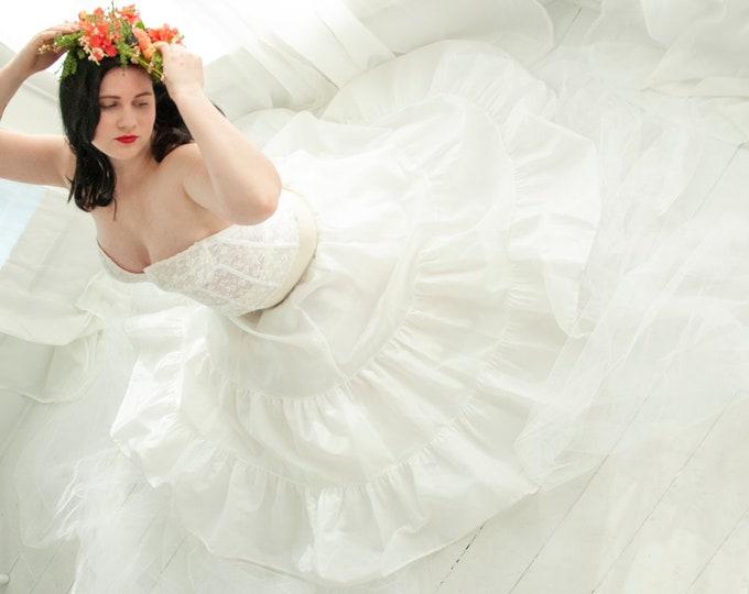 Vintage 1950s white crinoline, full long tulle skirt slip petticoat, prom bridal wedding dress gown, high waist shapewear lingerie, XL