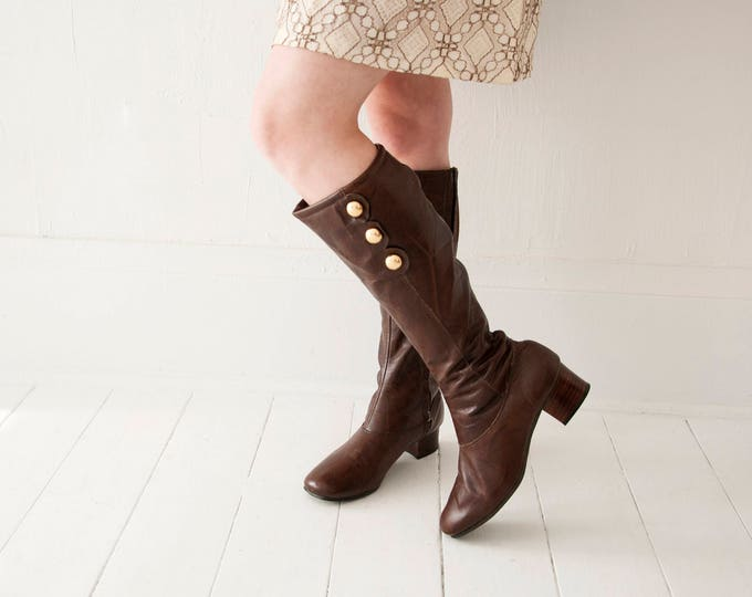 Vintage dark brown leather boots, tall faux-fur insulated 1970s, wooden heels, 1960s mod go-go, gold buttons 8 8.5 9, original box