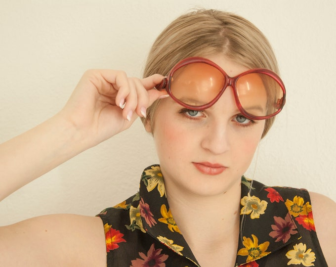 Vintage red sunglasses, round French oversize 1960s retro boho mod ladies oversized pink France