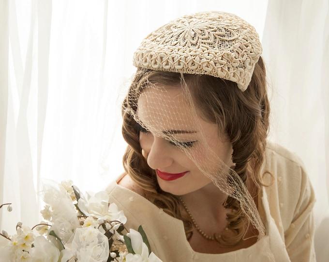 82af1aea2ef4b Vintage white veil headpiece