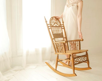 Ordinaire Vintage Wicker Rocking Chair, Antique Victorian Rocker Rattan Furniture,  Natural Brown Spindle Swirl, Small Petite, Nouveau Boho
