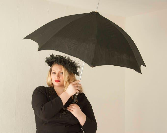 Vintage black rayon umbrella, faux crocodile leather vinyl case, handle 1960s 1950s, large spring loaded