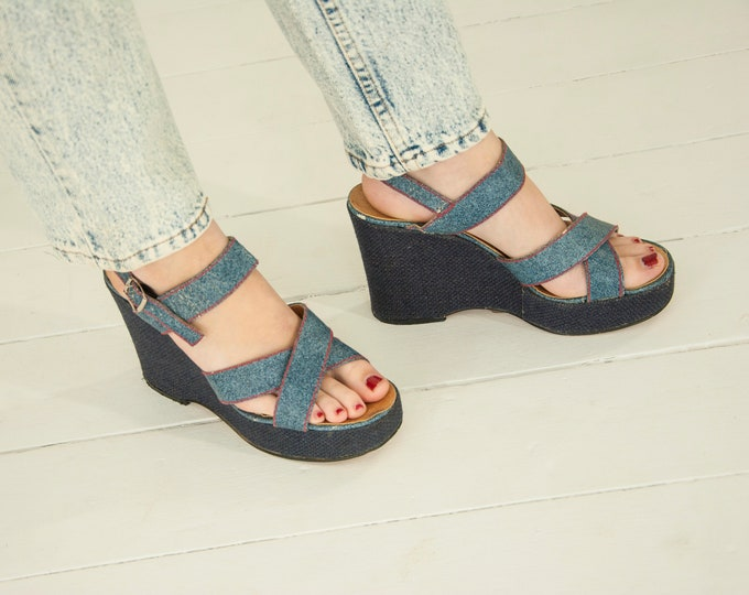 Vintage denim platform sandals, blue jean boho shoes, Italian wedge, red stitching, retro 1970s, 9