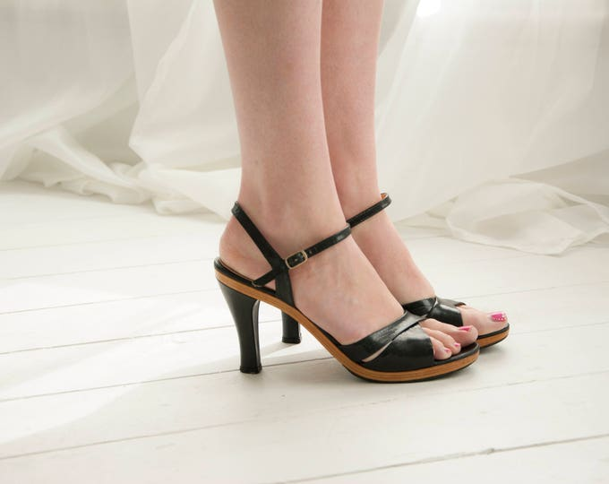 Vintage black heels, solid wood leather shoes strappy formal sandals, 1970s wooden platform pumps, 9 Italy