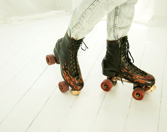 Vintage black roller skates, red orange flames, hand-painted genuine leather, unique ladies womens 1970s retro, Roller Derby  9