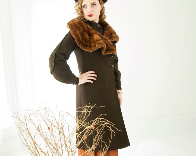 Vintage 1930s brown wool coat, striped muskrat fur collar jacket, formal long dark art deco  S M
