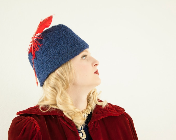 Vintage 1930s blue knit hat, red feather navy oblong wool beanie cap Byrdana 1920s