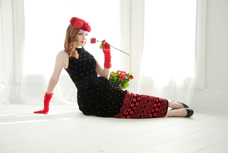 73765d4d4b Vintage black velvet dress, red floral embroidery, polka dots ...