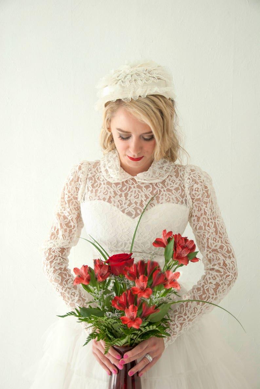 8f4a0c6b88f6 Vintage 1950s wedding dress Peter Pan collar illusion lace | Etsy