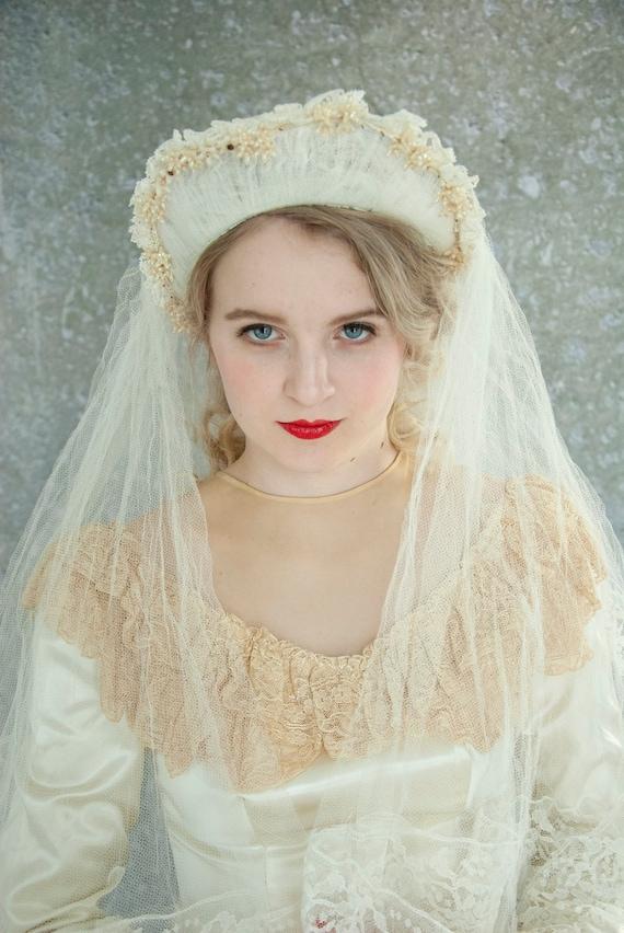vintage 60s 70s Wedding Veil Bonnet headpiece Floral Mesh Net
