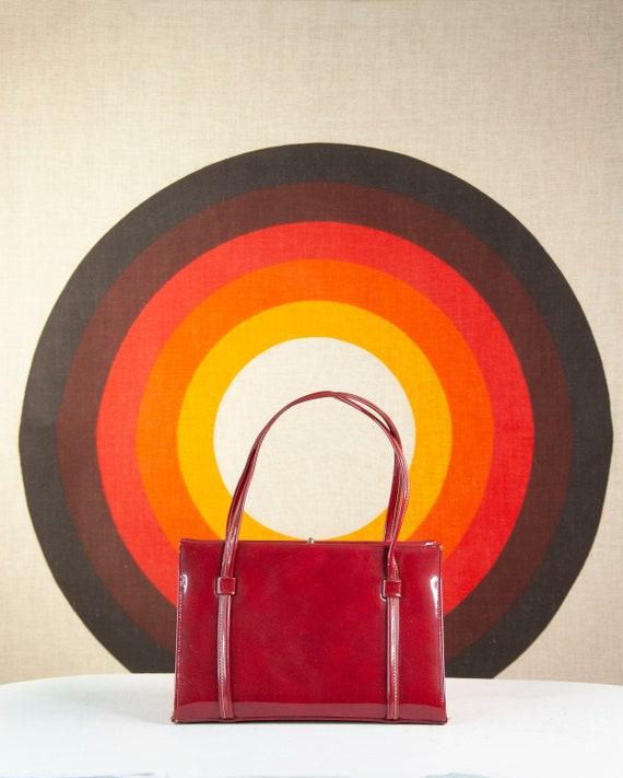 Vintage maroon vinyl purse, red 1960s boxy mod han