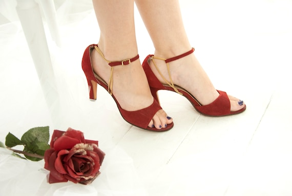 3b8d7e99a93 Vintage 1950s red shoes suede leather open toes heels pin-up