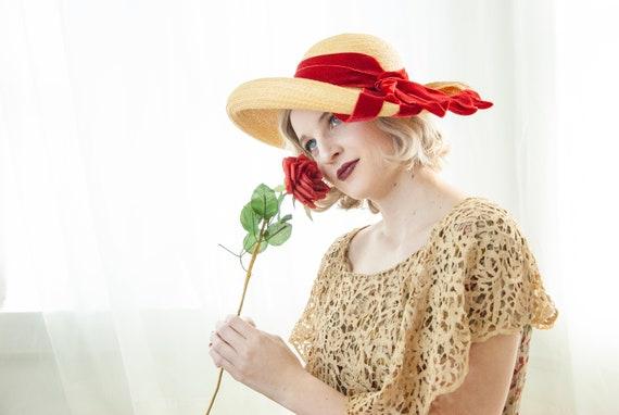 Vintage 1930s straw sun hat, red velvet ribbon, w… - image 3