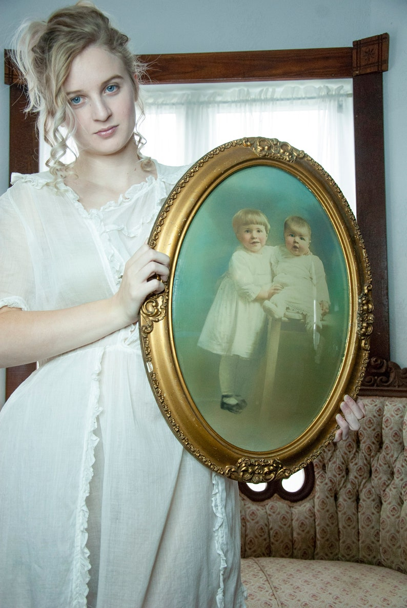 Victorian portrait of children oval round curved glass image 0